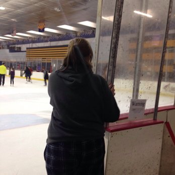 clean up ice rink barrier