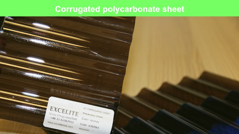 Corrugated-polycarbonate-sheet