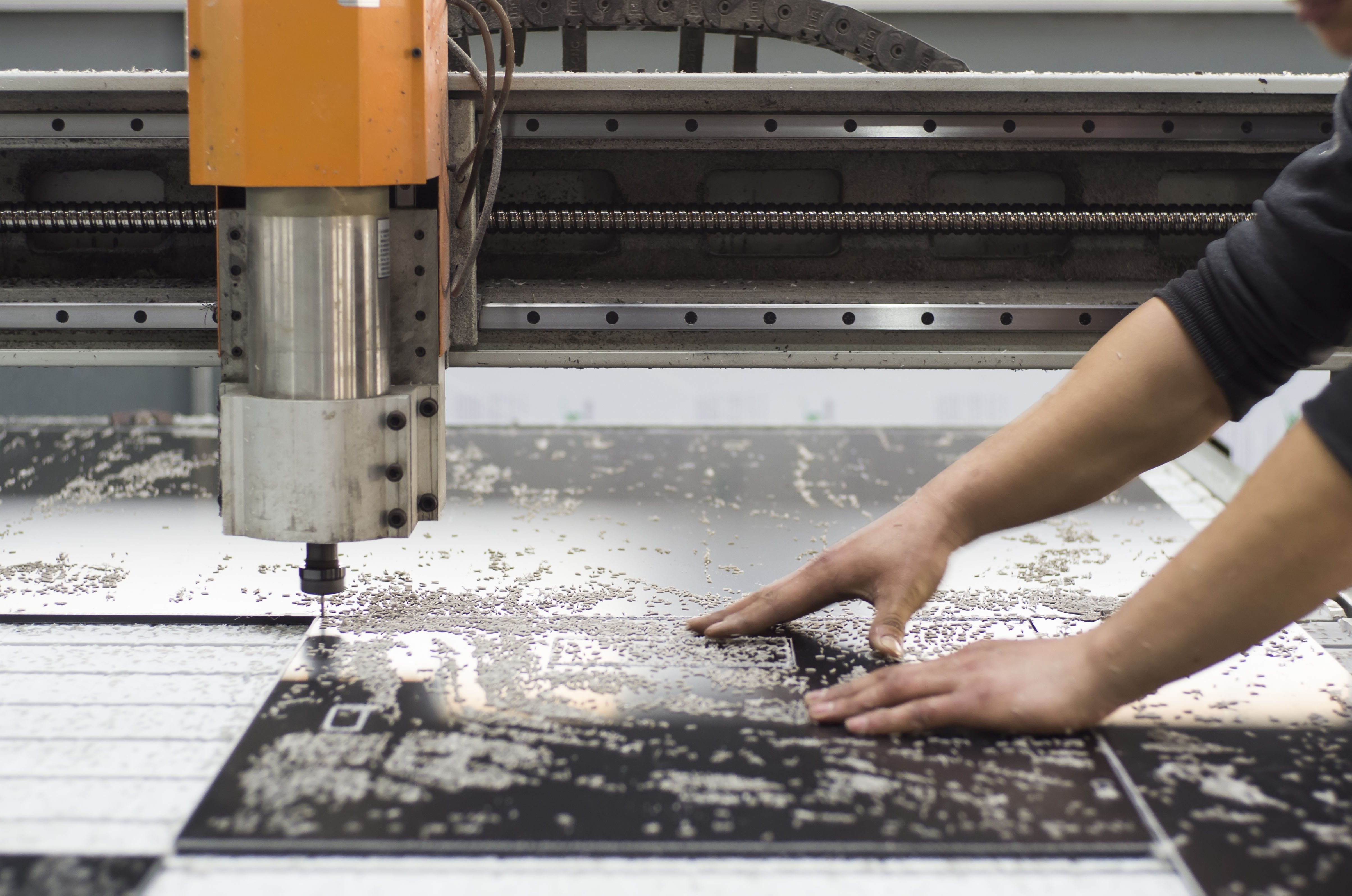 polycarbonate cutting process
