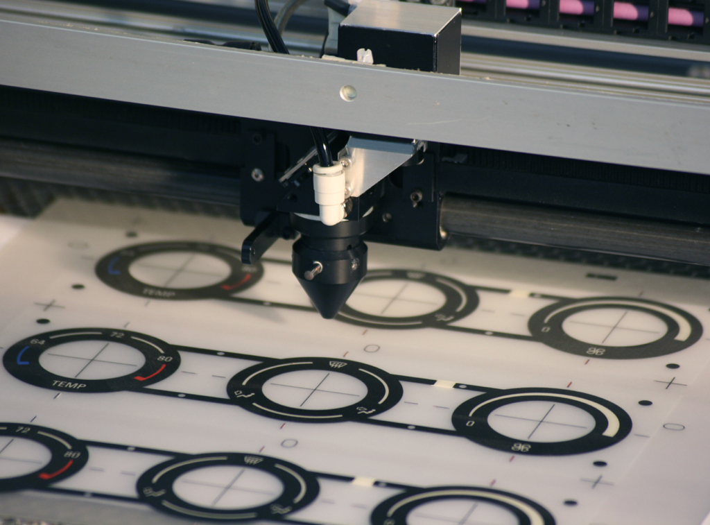 Polycarbonate laser cutting machine